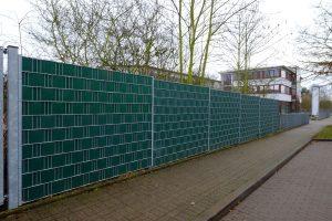 Verzinkter Sichtschutzzaun in grün